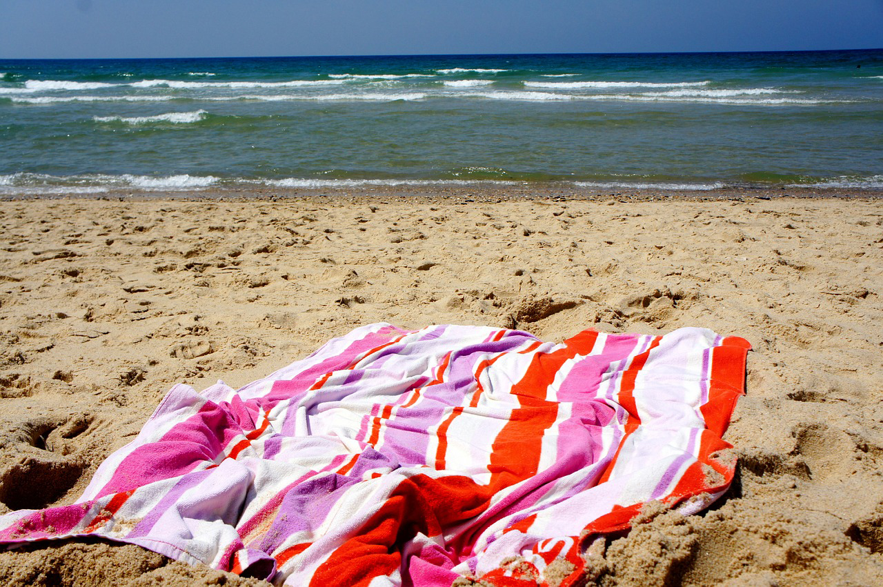 8 Favorite Towels For Our Favorite Beach Bums