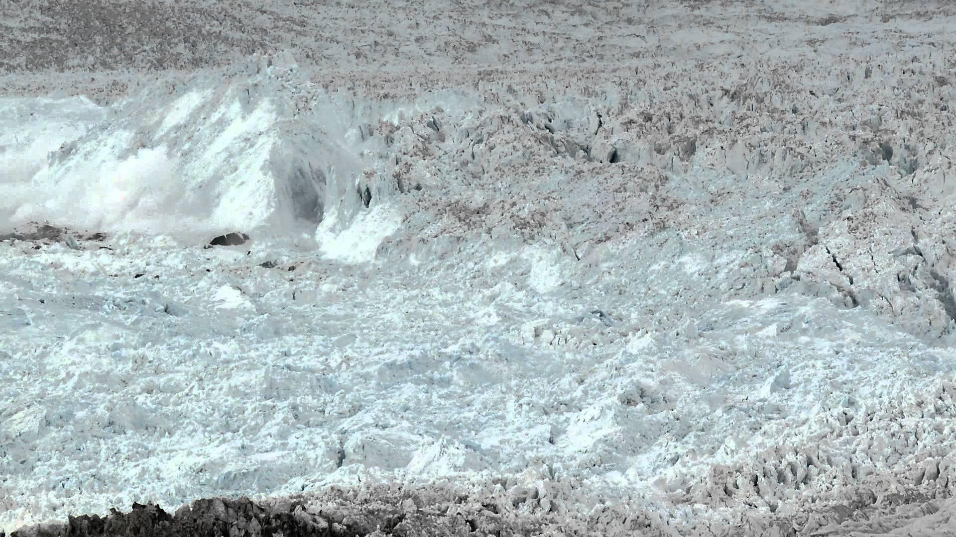 The largest glacier calving ever filmed