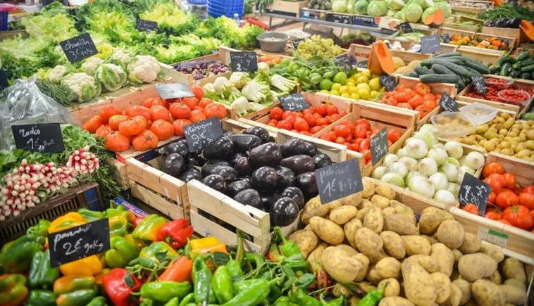 fresh microgreens farmers market