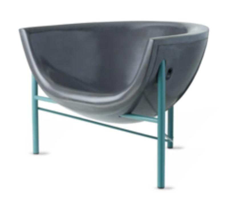safe entertaining in this Kosmos chair