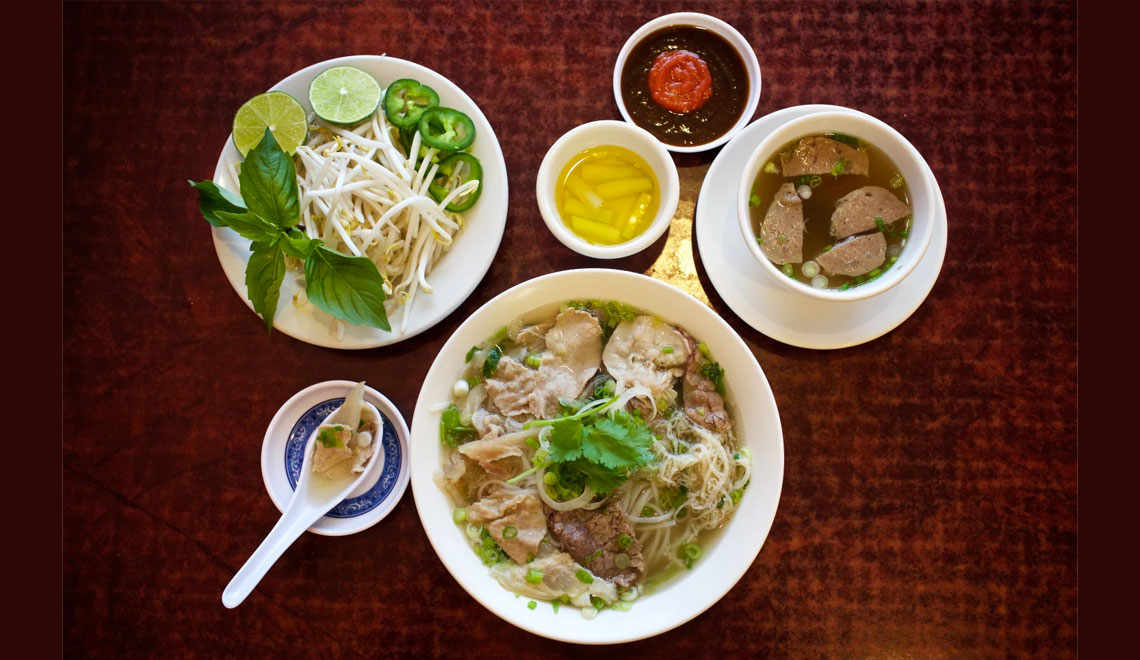 A Steaming Bowl of Phở – Hearty, Savory Soup from Vietnam