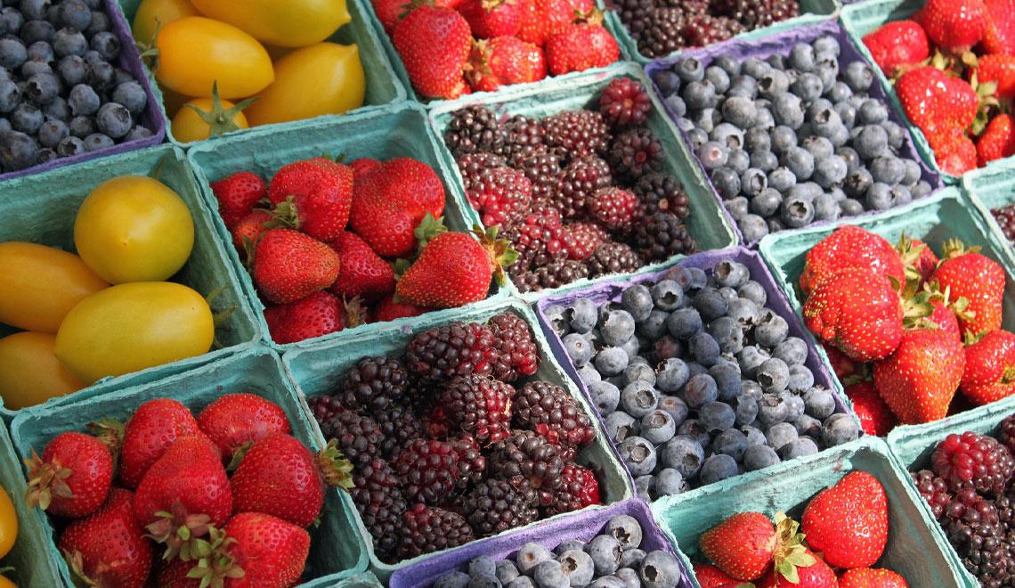 Choosing the Best Summer Produce.
